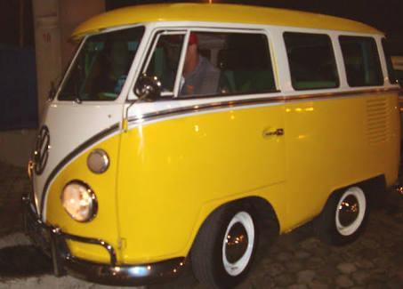 Mini Kombi 1968 placa preta - R$ 38 mil